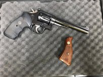 Smith & wesson Revolver .22LR